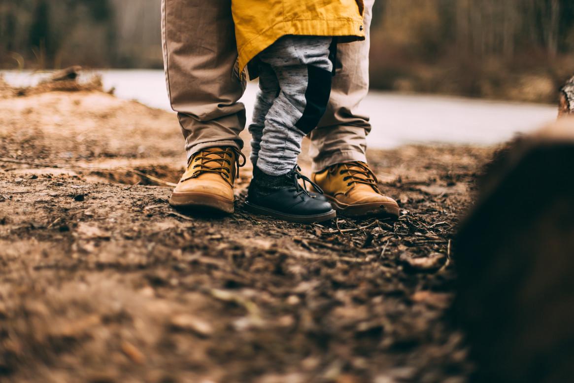 """Zeitgemäßes Elternsein: nirgendwo zwischen """"Frauen zurück an den Herd"""" und """"möglichst früh zurück in die Erwerbstätigkeit"""""""